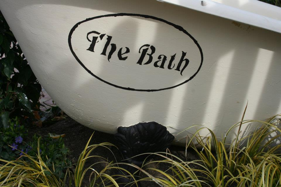 gardens-forever-lanscaping-the-bath-pub-406425