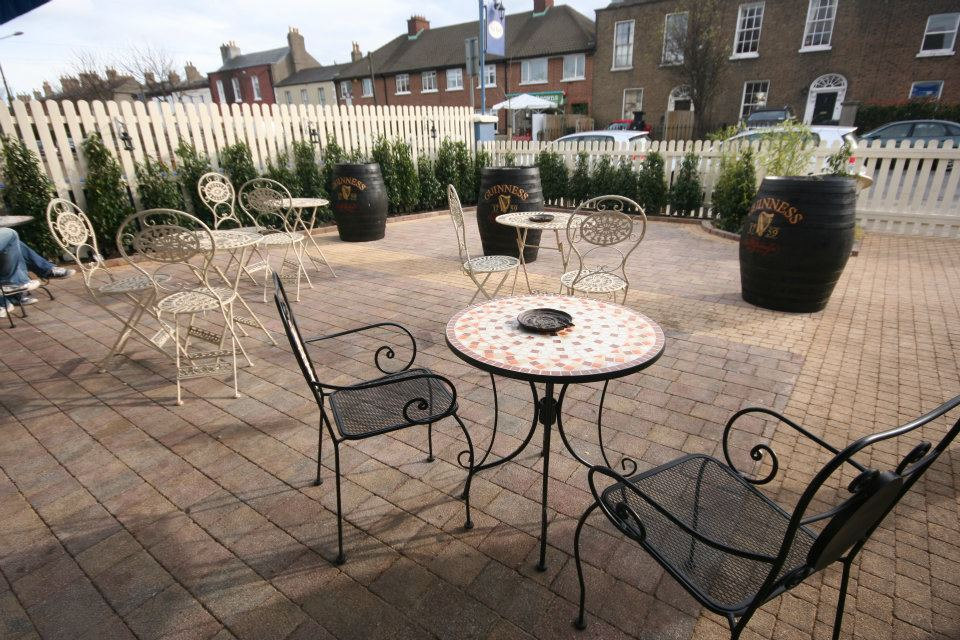 gardens-forever-lanscaping-the-bath-pub-420123